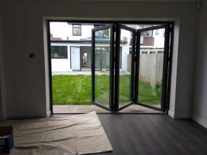 aluminium-bifold-doors-ealing-london-w5-5j7